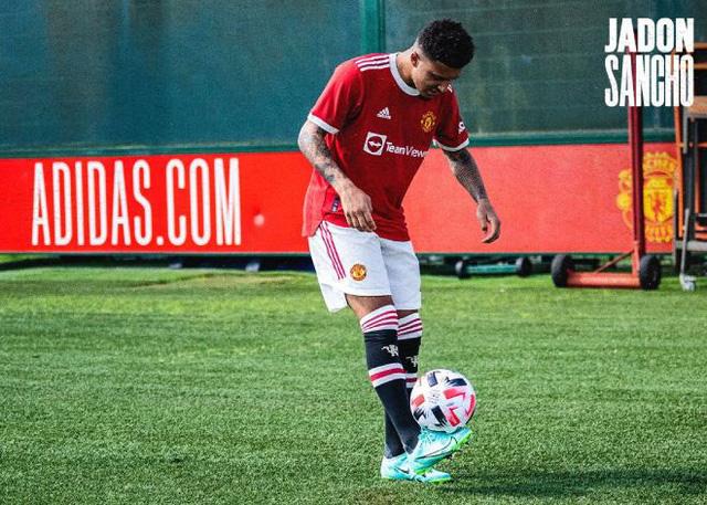Jadon Sancho chính thức ra mắt Manchester United - Ảnh 3.