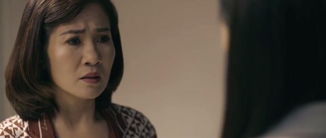 Hãy nói lời yêu - Tập 30: Gián tiếp khiến mẹ Phan rơi vào cảnh nguy kịch, bà Hoài một lần nữa khiến My ghê sợ - Ảnh 12.