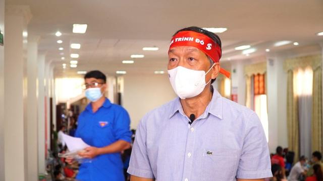 Dịch diễn biến phức tạp, máu cho điều trị cần hơn lúc nào hết - Ảnh 1.