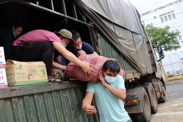 ĐBQH TP Hồ Chí Minh: Không thể kể xiết tấm lòng tình cảm của nhân dân cả nước - Ảnh 1.