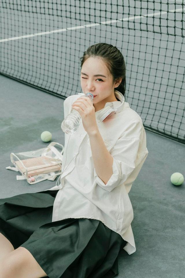 Quỳnh Kool hóa nữ sinh xinh đẹp trong bộ ảnh đón tuổi 26 - Ảnh 2.