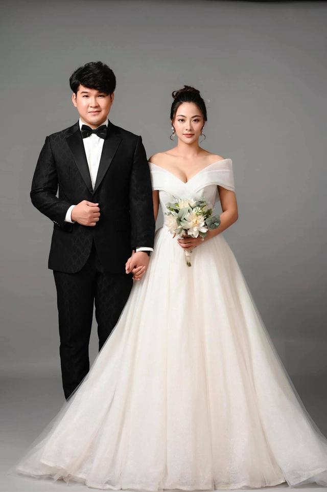 Ảnh cưới tình bể bình của cặp đôi Núi - Hoa trong Mùa hoa tìm lại - Ảnh 2.
