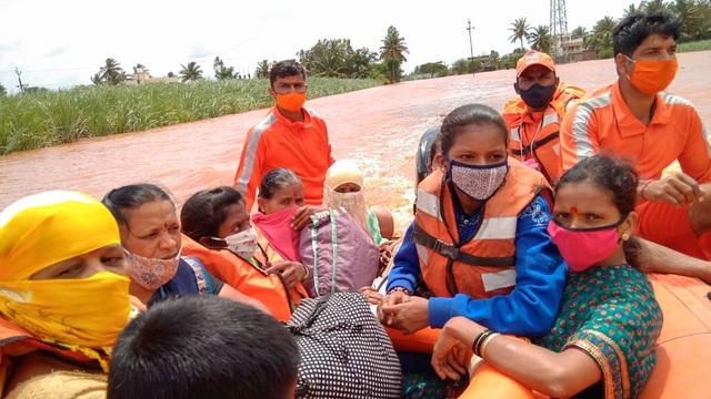 Mưa lớn gây lở đất ở miền Bắc Ấn Độ, 9 người thiệt mạng - Ảnh 2.
