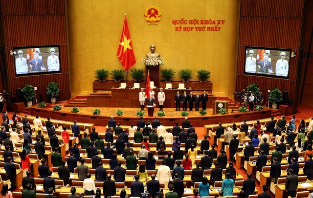 Chánh án Tòa án nhân dân tối cao Nguyễn Hòa Bình tuyên thệ nhậm chức - Ảnh 2.