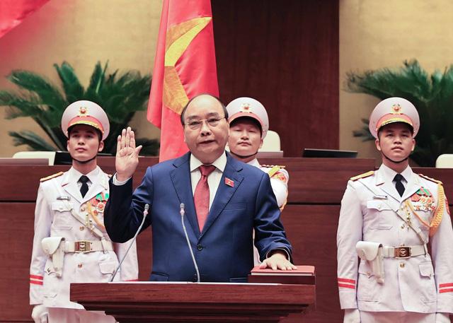 Ông Nguyễn Xuân Phúc tái đắc cử Chủ tịch nước nhiệm kỳ 2021 - 2026 - Ảnh 2.