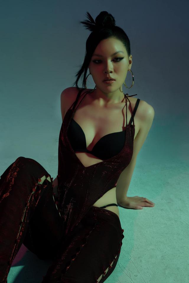 Diễn viên Ánh Tuyết Hương vị tình thân cá tính, mạnh mẽ trong bộ ảnh mới - Ảnh 2.