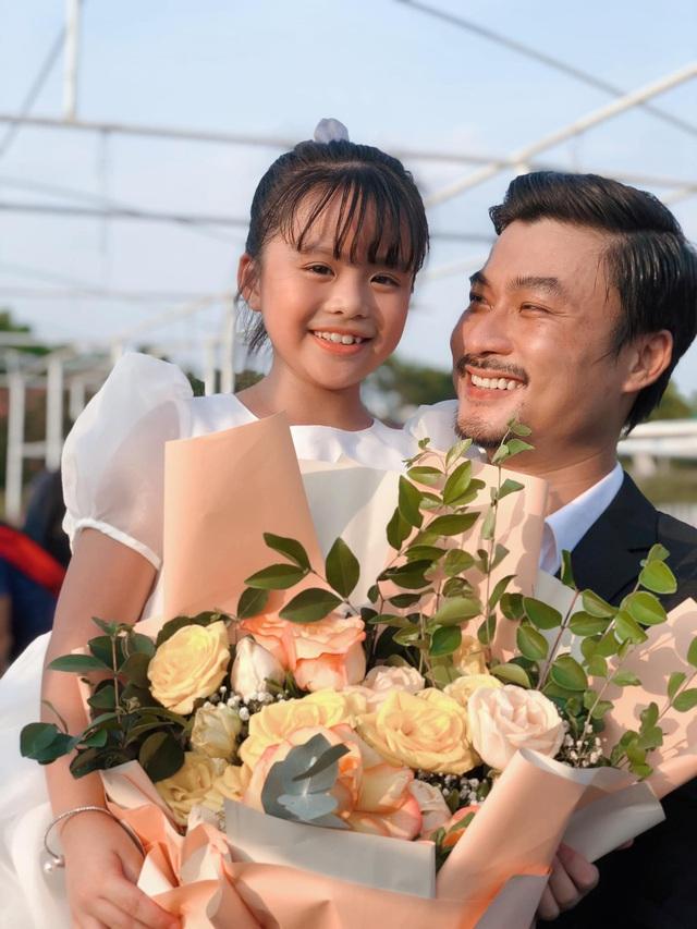 Hé lộ hình ảnh Đồng bảnh như chú rể ở hậu trường Mùa hoa tìm lại - Ảnh 1.