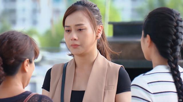 Hương vị tình thân phần 2 - Tập 1: Trở về sau 3 năm, Nam (Phương Oanh) không muốn gặp lại mẹ con bà Bích - Ảnh 2.