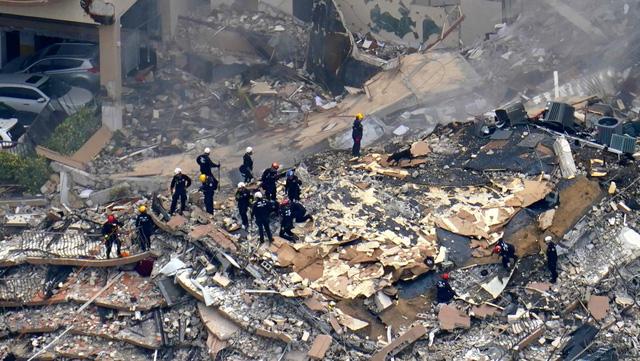 Đã xác định được nạn nhân cuối cùng trong vụ sập tòa nhà chung cư ở Florida - Ảnh 1.