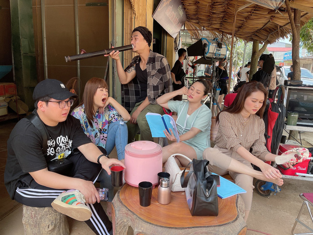 Hương Giang tiếc vì quay phim ròng rã 6 tháng, Mùa hoa tìm lại kết thúc trong chớp mắt - Ảnh 4.