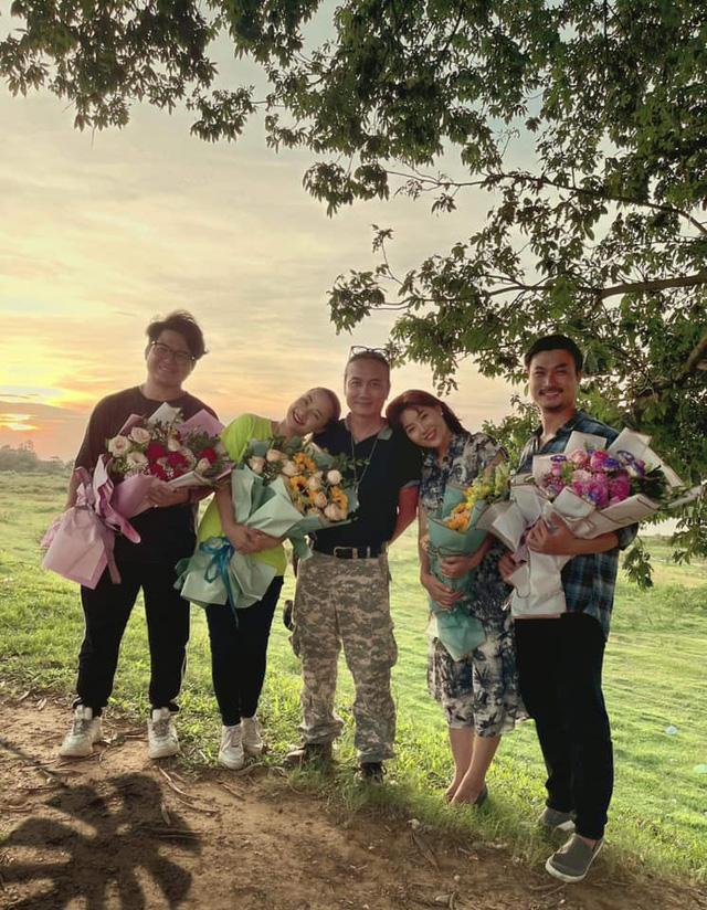 Duy Hưng xúc động cảm ơn khán giả khi Mùa hoa tìm lại kết thúc - Ảnh 4.