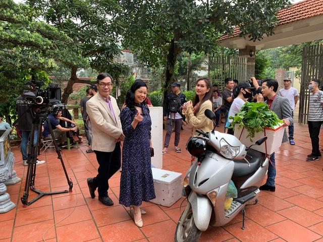 Hương Giang tiếc vì quay phim ròng rã 6 tháng, Mùa hoa tìm lại kết thúc trong chớp mắt - Ảnh 9.