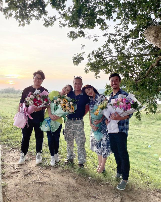 Mùa hoa tìm lại kết thúc, Thanh Hương tung ảnh đám cưới hạnh phúc của Lệ - Đồng - ảnh 16