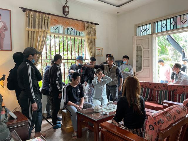 Hương Giang tiếc vì quay phim ròng rã 6 tháng, Mùa hoa tìm lại kết thúc trong chớp mắt - Ảnh 14.