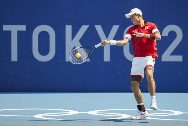 Olympic Tokyo 2020   Quần vợt   Djokovic vào tứ kết, chạm trán Nishikori