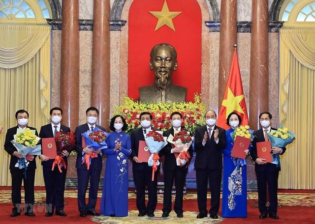 Chủ tịch nước trao quyết định bổ nhiệm các thành viên Chính phủ nhiệm kỳ 2021-2026 - Ảnh 2.