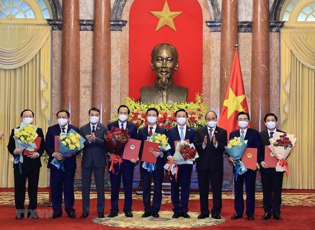 Chủ tịch nước trao quyết định bổ nhiệm các thành viên Chính phủ nhiệm kỳ 2021-2026 - Ảnh 3.