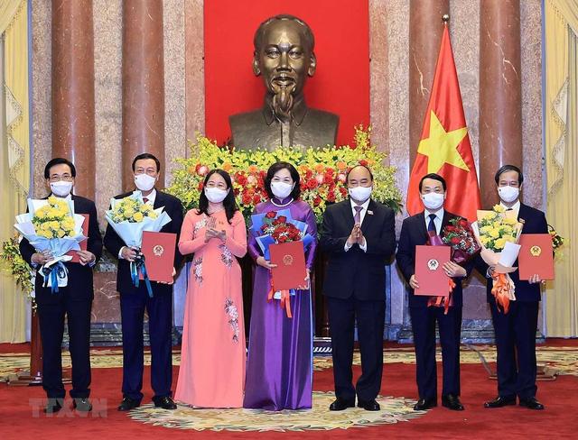 Chủ tịch nước trao quyết định bổ nhiệm các thành viên Chính phủ nhiệm kỳ 2021-2026 - Ảnh 4.