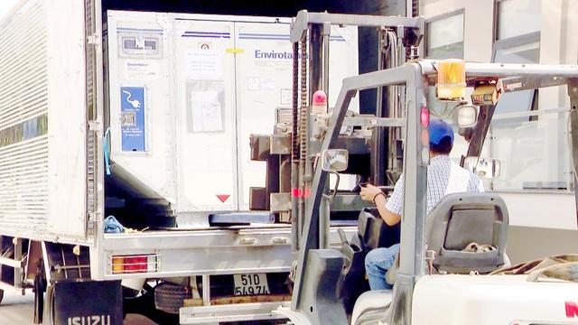 Thêm gần 660.000 liều vaccine COVID-19 của AstraZeneca về đến Việt Nam - Ảnh 1.