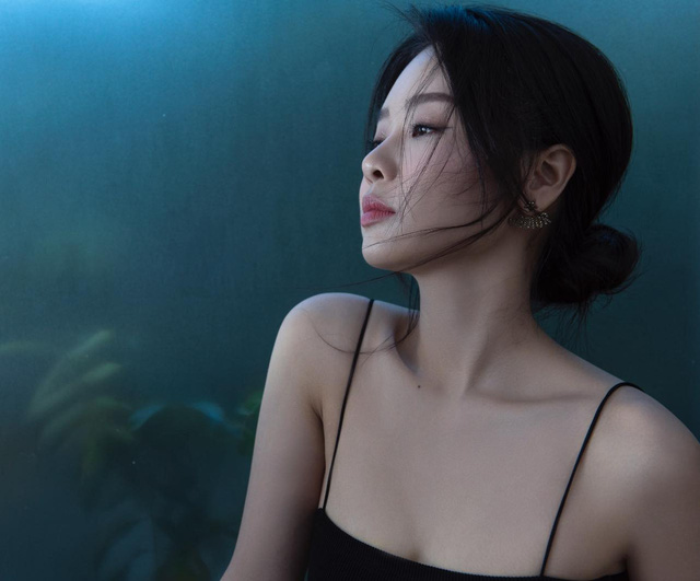 Khó nhận ra BTV Minh Hằng trong loạt ảnh mới - Ảnh 2.
