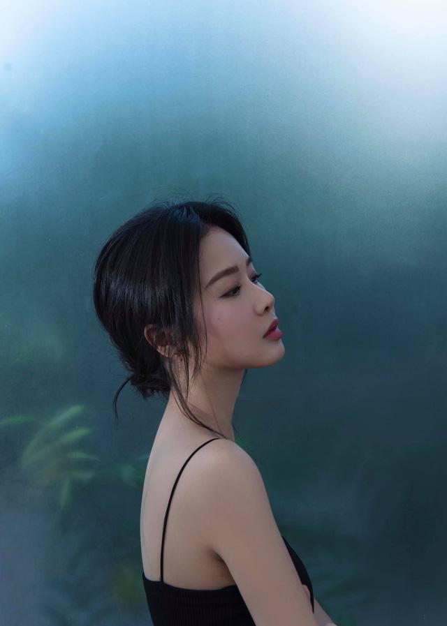 Khó nhận ra BTV Minh Hằng trong loạt ảnh mới - Ảnh 4.