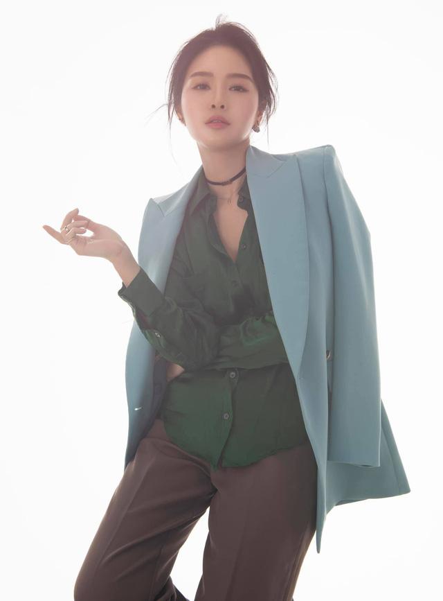 Khó nhận ra BTV Minh Hằng trong loạt ảnh mới - Ảnh 9.