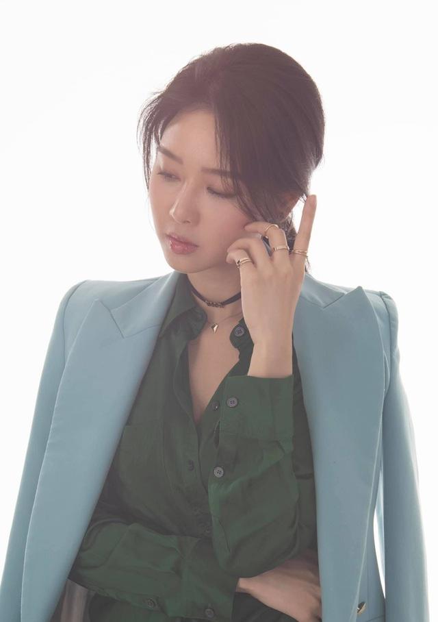 Khó nhận ra BTV Minh Hằng trong loạt ảnh mới - Ảnh 10.