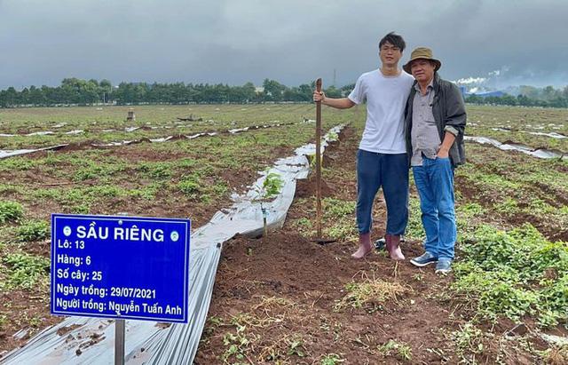 Cầu thủ Hoàng Anh Gia Lai đi trồng sầu riêng - Ảnh 5.