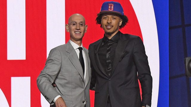 Cade Cunningham được chọn đầu tiên tại NBA Draft 2021 - Ảnh 1.