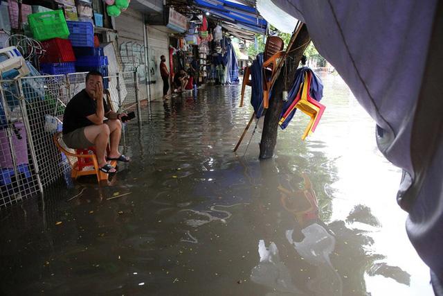 Lời khuyên kỳ lạ của dân buôn bất động sản: Đi xem nhà vào ngày mưa lớn - ảnh 1
