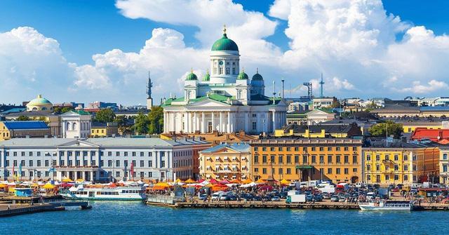 Phần Lan chính thức mở cửa chào đón khách du lịch đã tiêm vaccine COVID-19 - ảnh 1