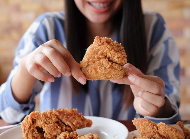 Tác dụng phụ ít người biết khi ăn thịt gà thường xuyên - ảnh 4