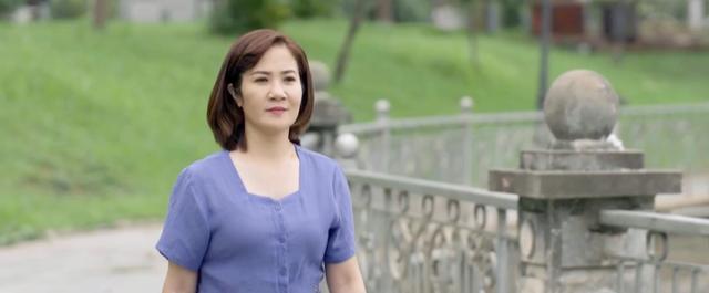 Hãy nói lời yêu - Tập 32: Ông Tín trở về bên bà Hoài, Phan nhận ra không thể từ bỏ tình cảm với My - ảnh 29