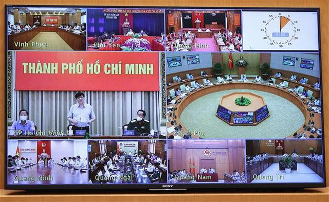 Thủ tướng: Cần cách tiếp cận và giải pháp mới trong chống dịch COVID-19 - Ảnh 1.