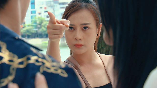 Hương vị tình thân phần 2 - Tập 3: Thiên Nga chưa khảo đã xưng trước mặt Nam, khán giả đã mắt, hả hê - Ảnh 13.
