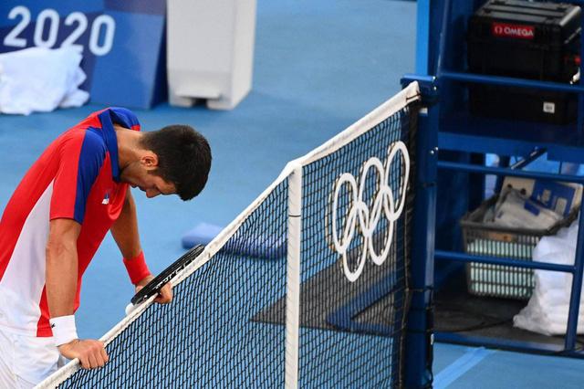 Novak Djokovic trắng tay rời Olympic Tokyo 2020 - Ảnh 2.