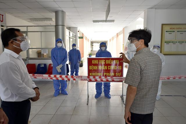 Dành vaccine phòng COVID-19 cho TP Hồ Chí Minh - Ảnh 2.
