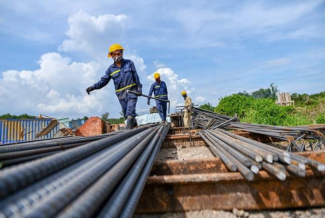 Kinh tế nửa cuối năm 2021 đối diện nhiều thách thức - Ảnh 3.