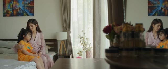 Mùa hoa tìm lại - Tập 20: Thủy vô sinh, bé Ngân nhanh trí nghĩ cách gọi bố Đồng đến giải cứu - Ảnh 9.