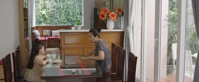 Mùa hoa tìm lại - Tập 20: Thủy vô sinh, bé Ngân nhanh trí nghĩ cách gọi bố Đồng đến giải cứu - Ảnh 23.
