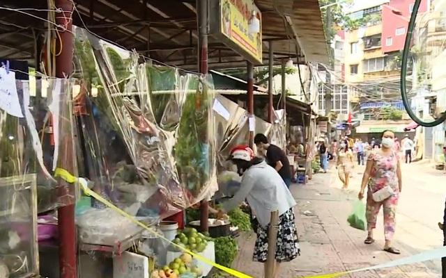 Đi chợ truyền thống thời dịch COVID-19 - Ảnh 3.