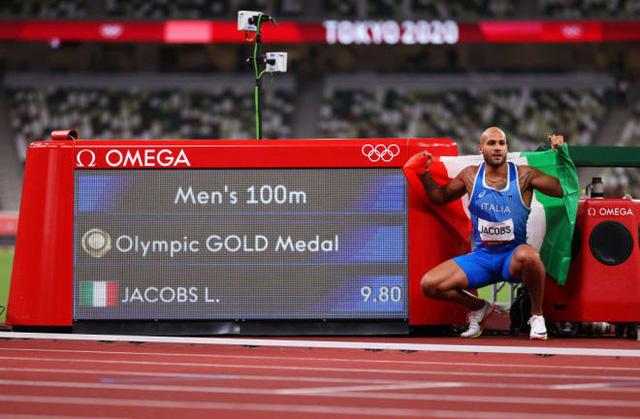 Olympic Tokyo 2020 | Lamont Marcell Jacobs giành HCV điền kinh 100m nam - Ảnh 4.
