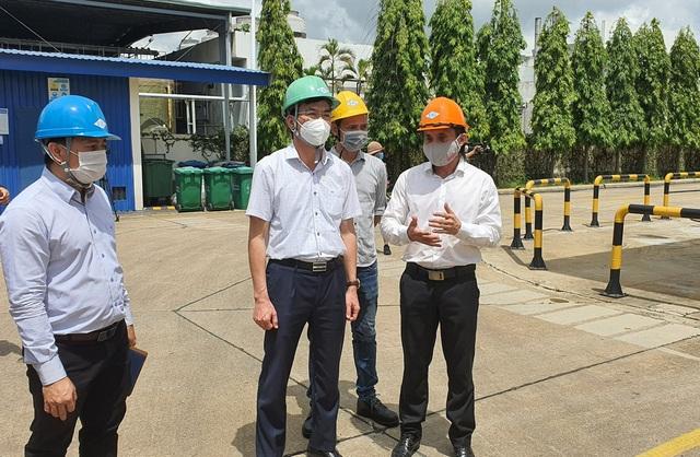 Đảm bảo cung ứng oxy cho các cơ sở điều trị ở TP. Hồ Chí Minh trong mọi tình huống - Ảnh 2.