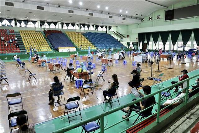 TP Hồ Chí Minh hướng tới mốc tiêm vaccine COVID-19 cho 150.000 người/ngày - Ảnh 1.