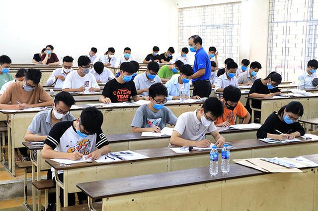 Đại học Bách khoa Hà Nội dừng thi đánh giá tư duy 2021 - Ảnh 1.