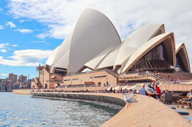 Australia công bố kế hoạch mở cửa biên giới trở lại