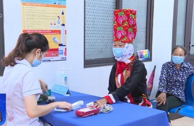 85.000 người Quảng Ninh đã được tiêm vaccine Vero Cell của Sinopharm - Ảnh 1.
