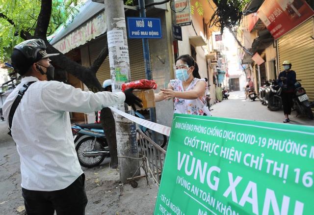 """Hà Nội: Nhiều khu dân cư thiết lập """"vùng xanh"""" chống lây COVID-19 từ bên ngoài - Ảnh 6."""