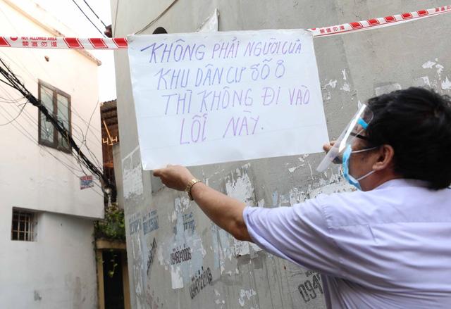 """Hà Nội: Nhiều khu dân cư thiết lập """"vùng xanh"""" chống lây COVID-19 từ bên ngoài - Ảnh 4."""
