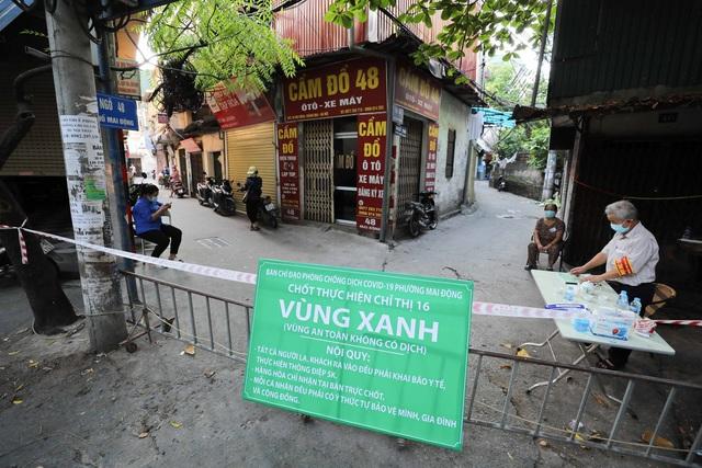 """Hà Nội: Nhiều khu dân cư thiết lập """"vùng xanh"""" chống lây COVID-19 từ bên ngoài - Ảnh 1."""